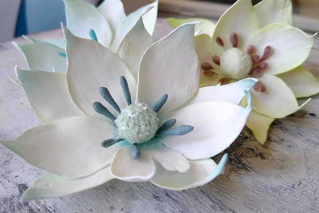 kwiaty z foamiranu irańskiego