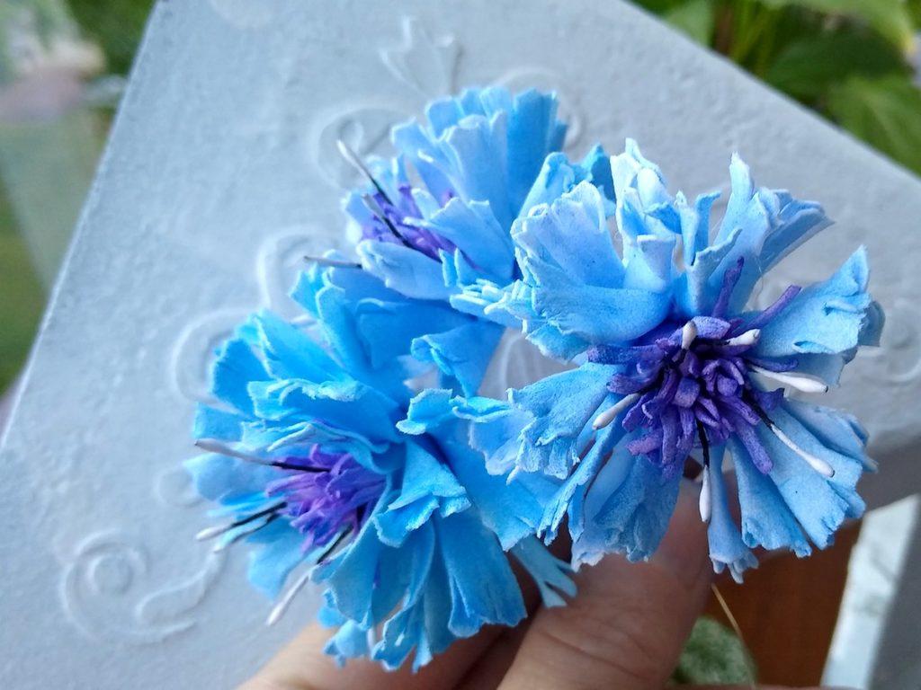 kwiatki z foamiranu chabry