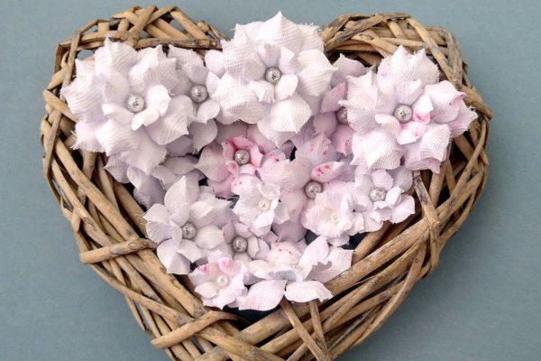 kwiatki z tiulem